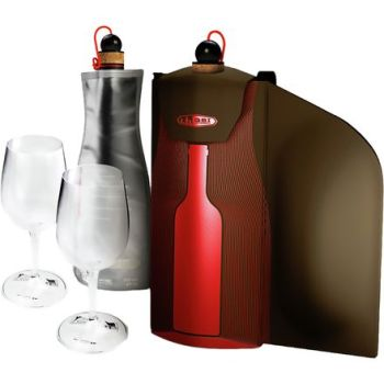 gifts for the snowshoer: GSI wine gift set