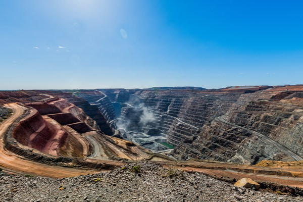 7 things to love about Kalgoorlie our golden city super pit