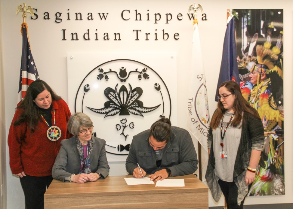 Signing of the co-management agreement of the Sanilac Petroglyphs