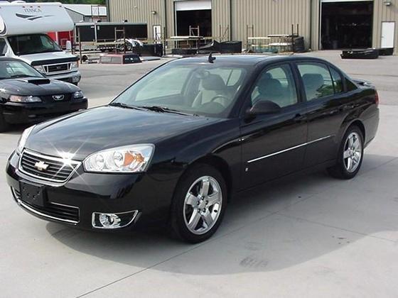 Black 2006 Chevy Malibu