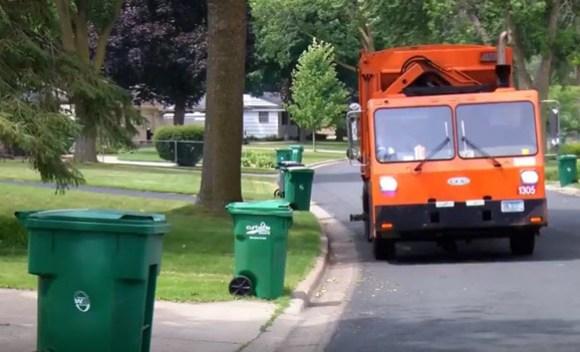 waste hauling truck