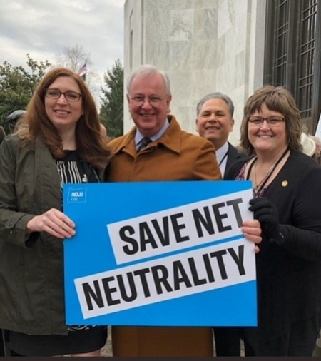 Reps. Fahey, Gomberg, Meek and Sollman Rally for Net Neutrality on the Capitol Steps