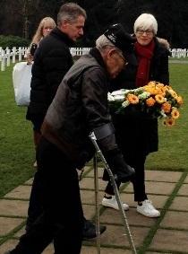 LX_WWII_Veteran_Visits