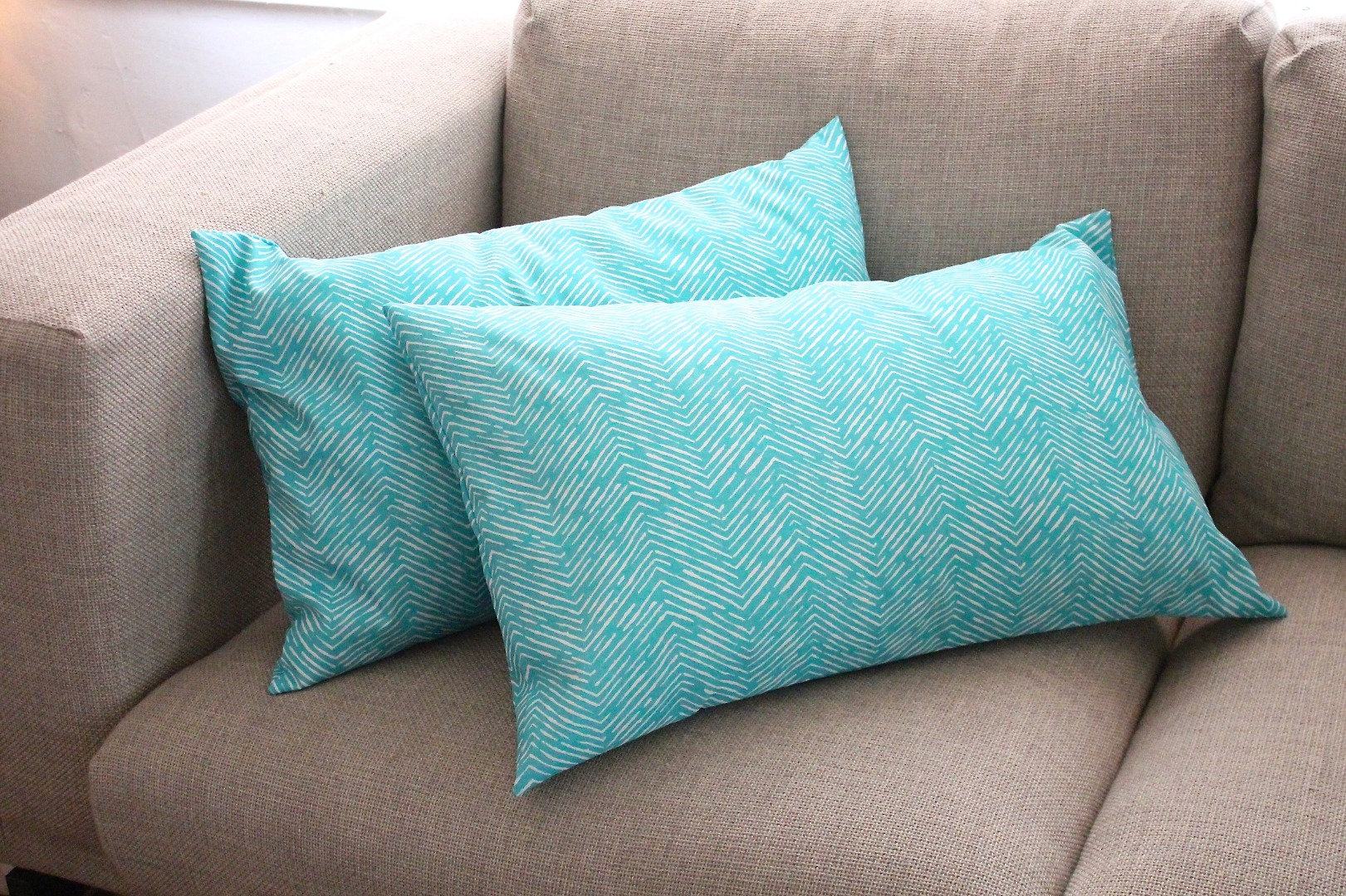 how to sew an envelope pillow cover 8