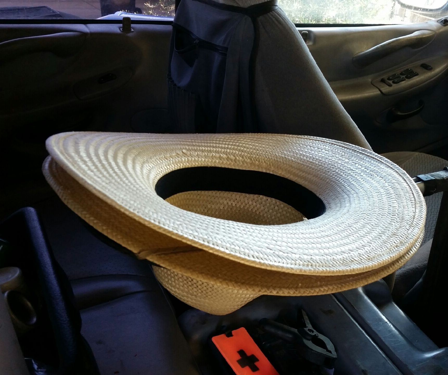 cowboy hat holder for truck using a