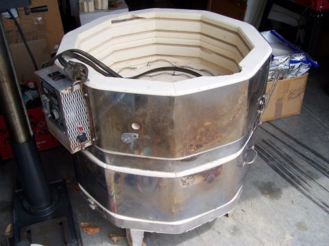 Older Electric Kiln - To Buy Or Not To Buy - Studio Operations and Making  Work - Ceramic Arts Daily Community