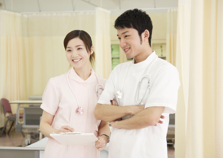 男性看護師と女性看護師