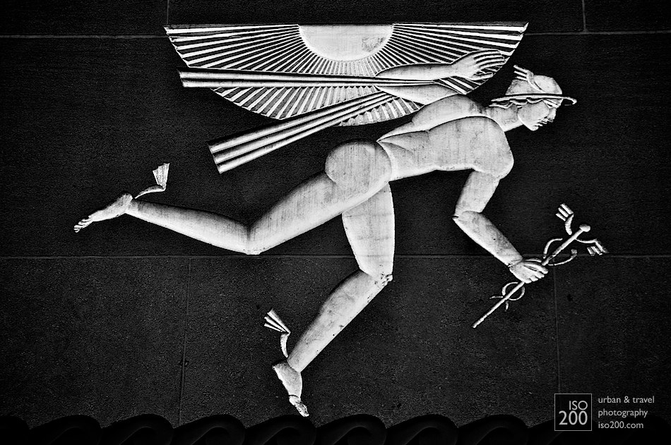 Intaglio carving of Winged Mercury by Lee Lawrie on the British Empire Building (620 Fifth Avenue) at the Rockefeller Centre in Manhattan, New York, USA.