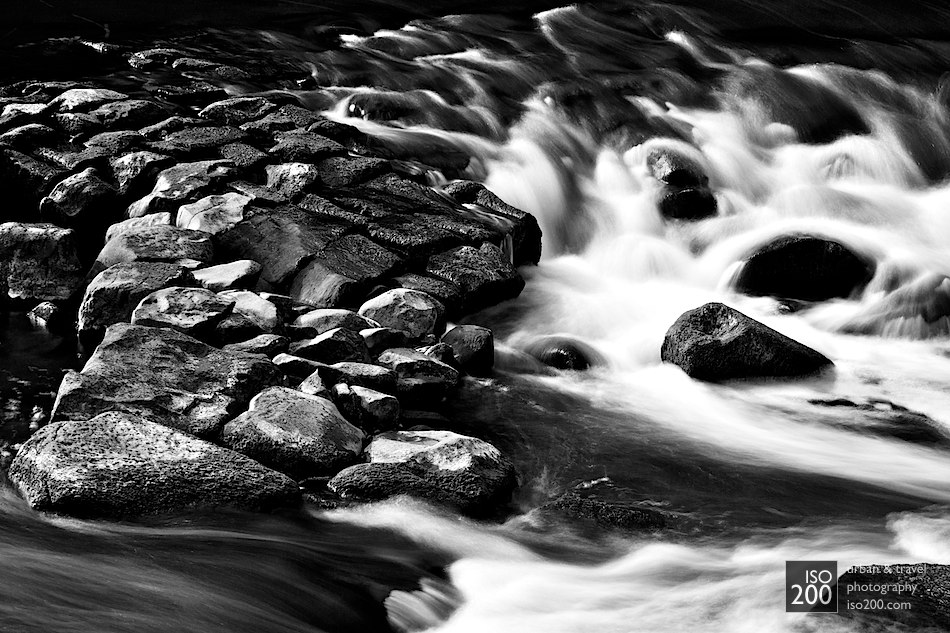 An intermediate exposure of the River Almond at Cramond - 2 second exposure at f8 with a Tiffen 3 stop ND filter.