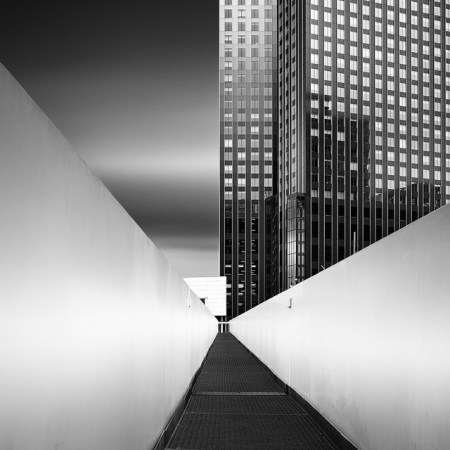 Amazing black and white photography by Julius Tjintjelaar | The D-Photo