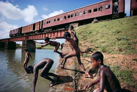 Fun and Games – photos by Steve McCurry