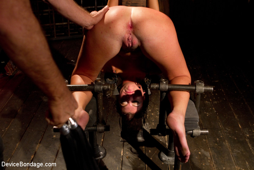 Young slut feels the wrath of inescapable devices while enduring extreme torture - bondage