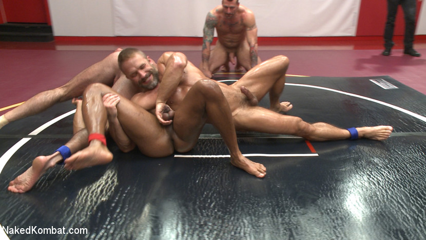 Muscle on Muscle: Live Tag Team Oil Match Between 4 Ripped Hunks! - muscle