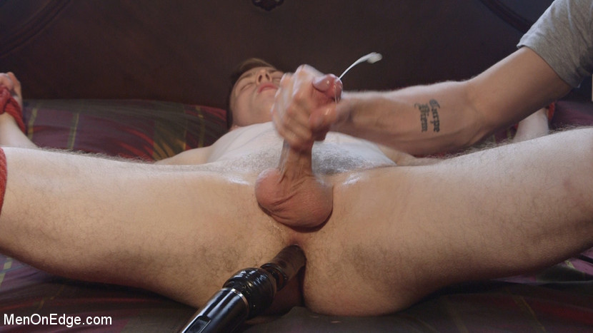 Straight stud touched by a guy for the very first time - Feet