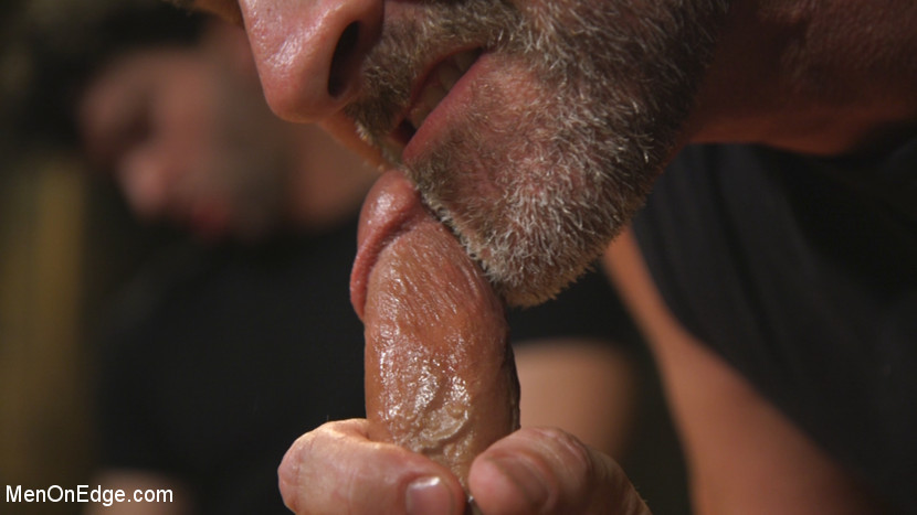 Hot leather stud with a fat cock gets edged - KinkMen