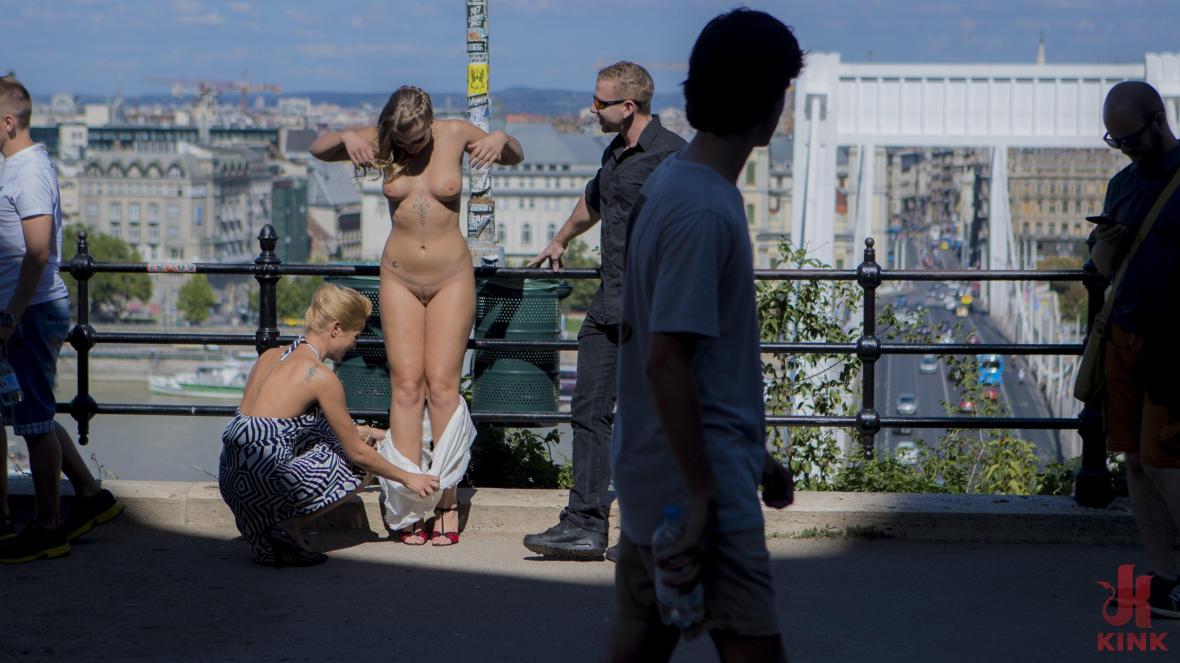 Сексуальная сербская подчиненная анальная шлюха Виван Хилл - доминирование