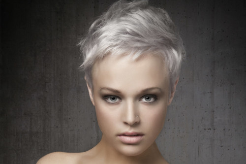 25 Short Hairstyles For Round Faces You Can Rock