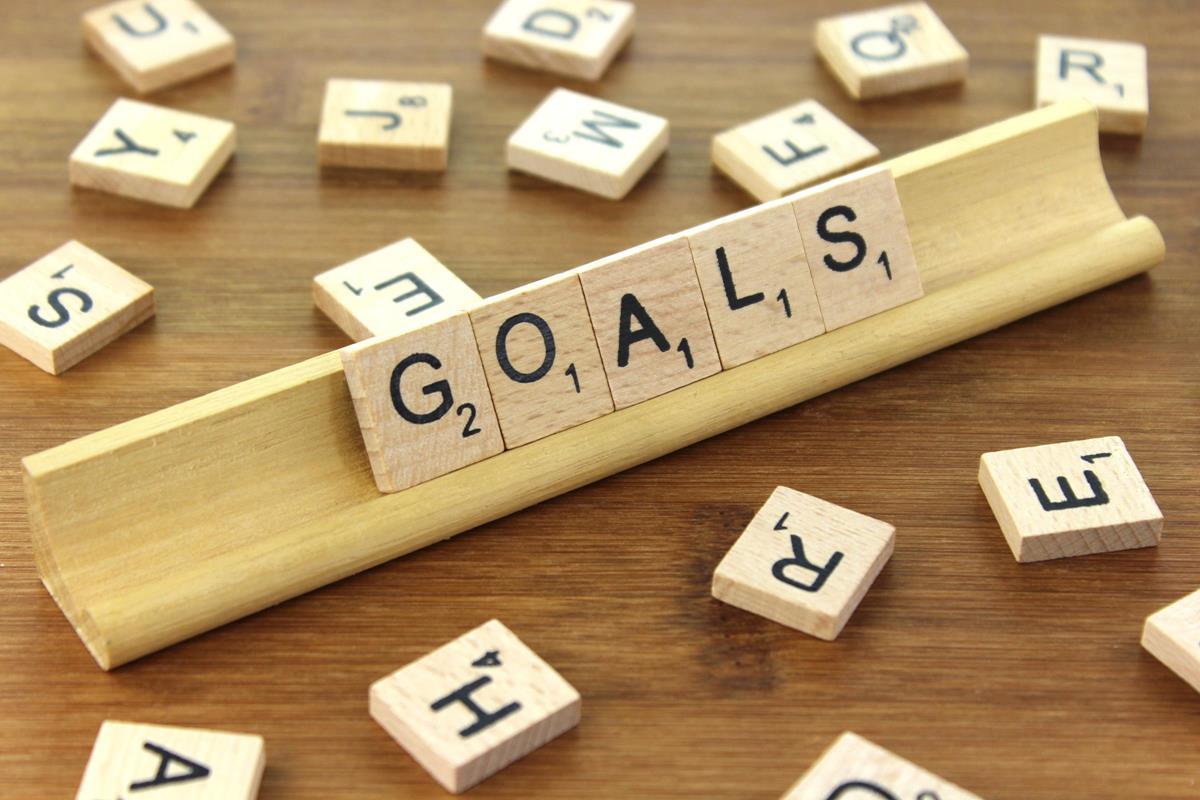SWEAT by SlimClip Case Goal-Setting Healthy Advice w/ Daniel Buckley