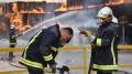 العميد العاشوري يؤكد السيطرة على حريق مصنع الورق بالنفيضة