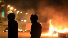 عودة الهدوء لعدد من مناطق البلاد بعد مواجهات ليلية بين الشرطة ومحتجين