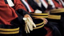 تأجيل قرارإنهاء إلحاق قضاة بوظائف برئاسة الحكومة وبعض الوزارات
