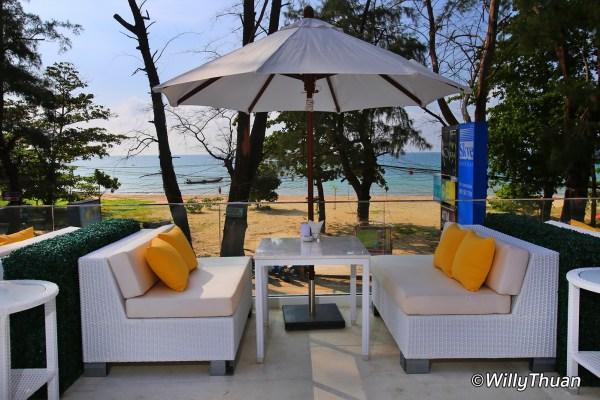 Skye Beach Club Nai Yang Beach