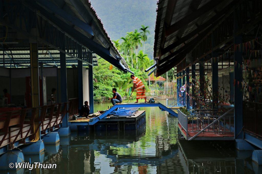 phuket-floating-market-1
