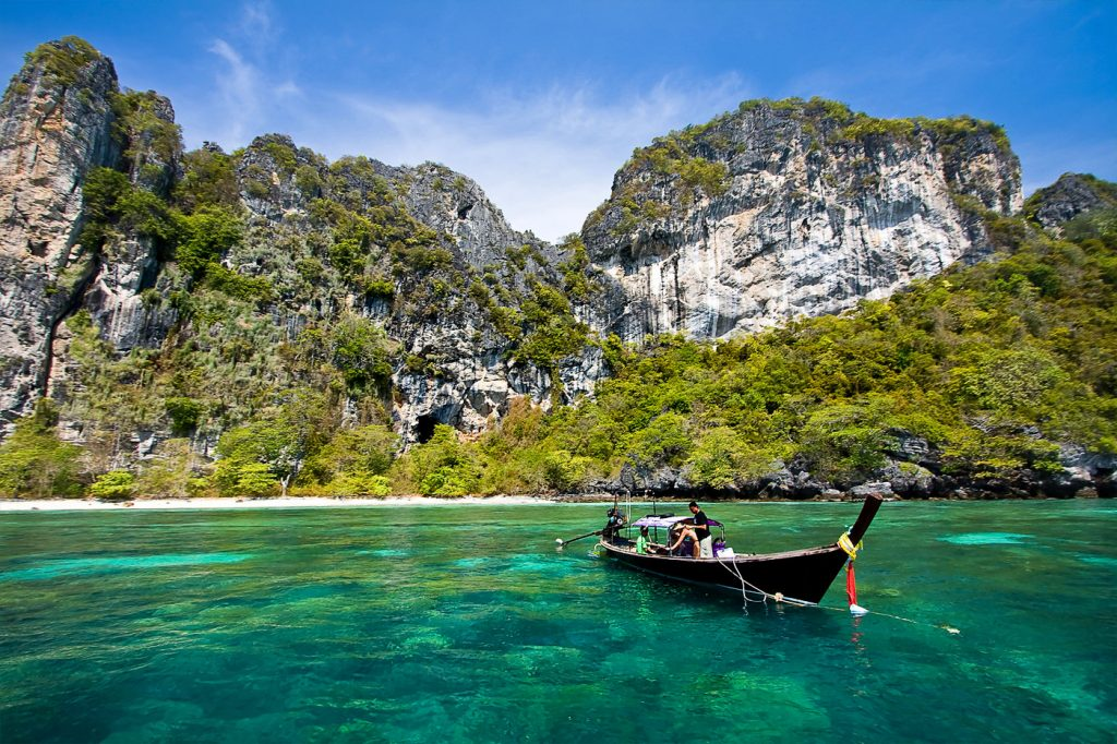 Dive sites near Phuket