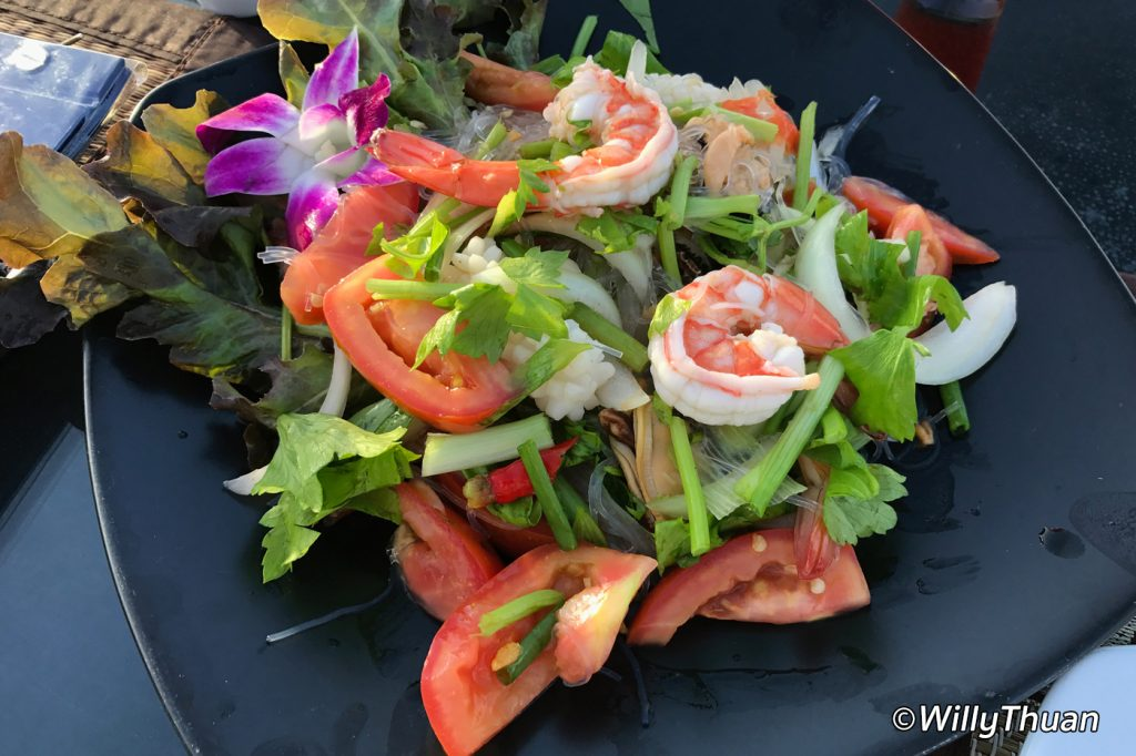 Yum Woon Sen Talay - Spicy Salad with Seafood