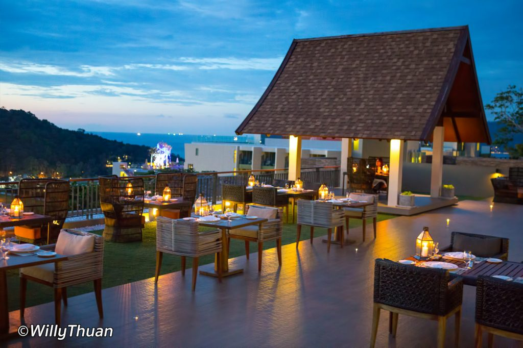 Romantic dining in small Salas at Avista rooftop restaurant