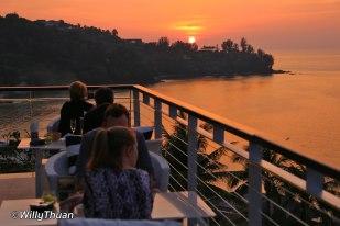cape-sienna-sunset-dinner-1