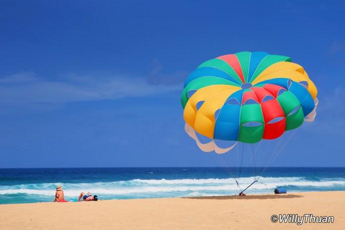 Parasailing in Karon Beach