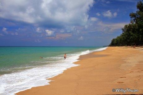 mai-khao-beach