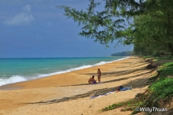 maikhao-beach