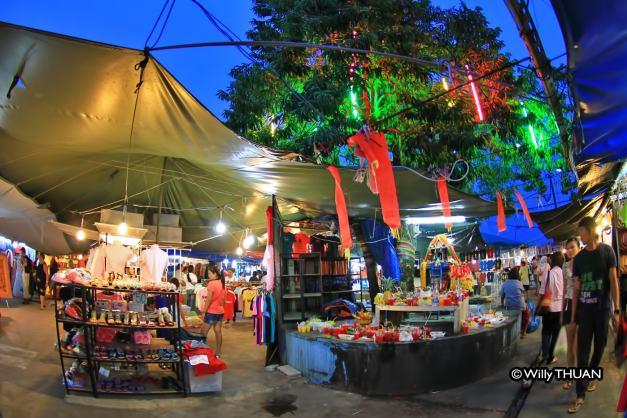 phuket-shopping-1