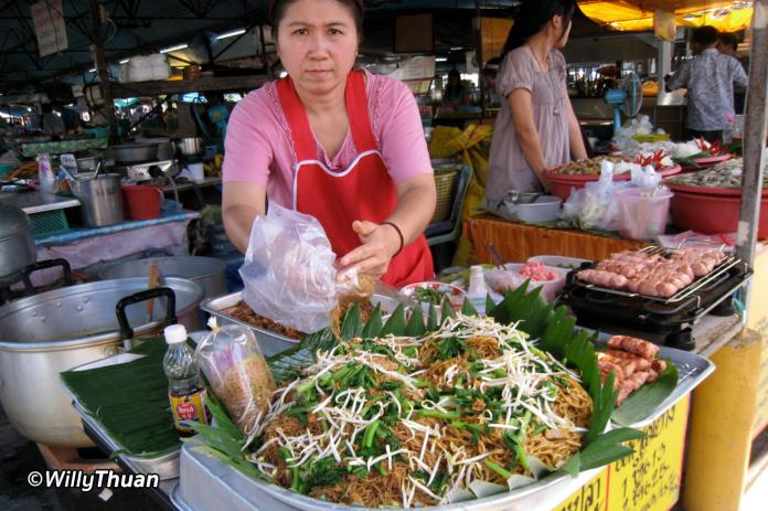 phuket-weekend-market-3