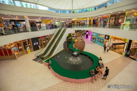limelight-shopping-mall-phuket