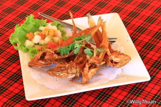 pak-nam-fried-fish