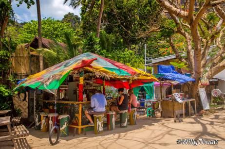 railay-beach-reggae-bars