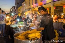 phuket-walking-street-market-4