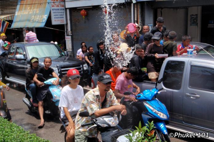 songkran-in-phuket-2