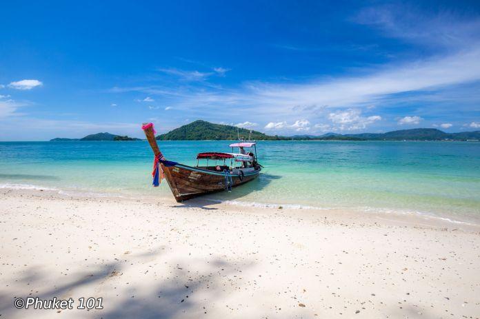longtail-boat-to-rang-yai-island