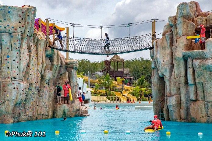 blue-tree-water-park-2
