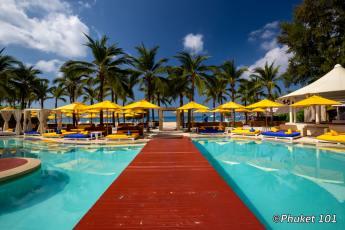 Dream Beach Club on Layan Beach