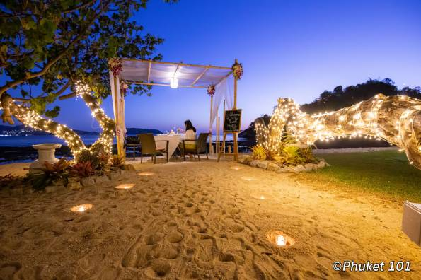 thavorn-beach-village-romantic-dinner-1