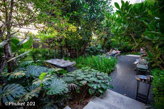 indigo-hotel-phuket-garden