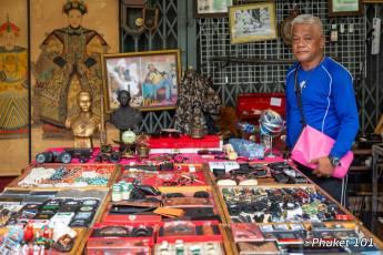 thalang-road-market