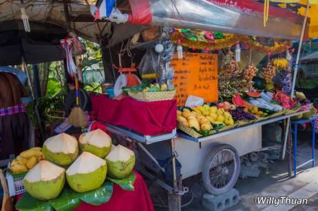 nai-yang-fruits