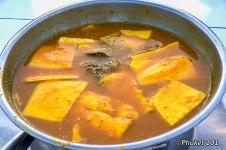 laem-hin-seafood-gaeng-som