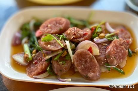kor-jaan-market-sausage